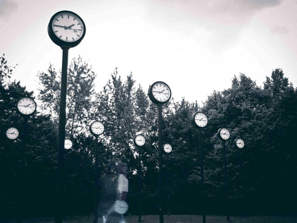 Clocks Background_LIAR-2